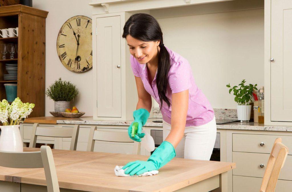 Чистка и уборка жилых помещений