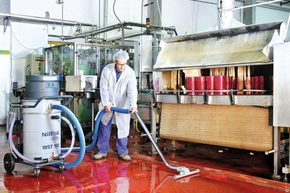 Чистка и дезинфекция помещений пищевого предприятия