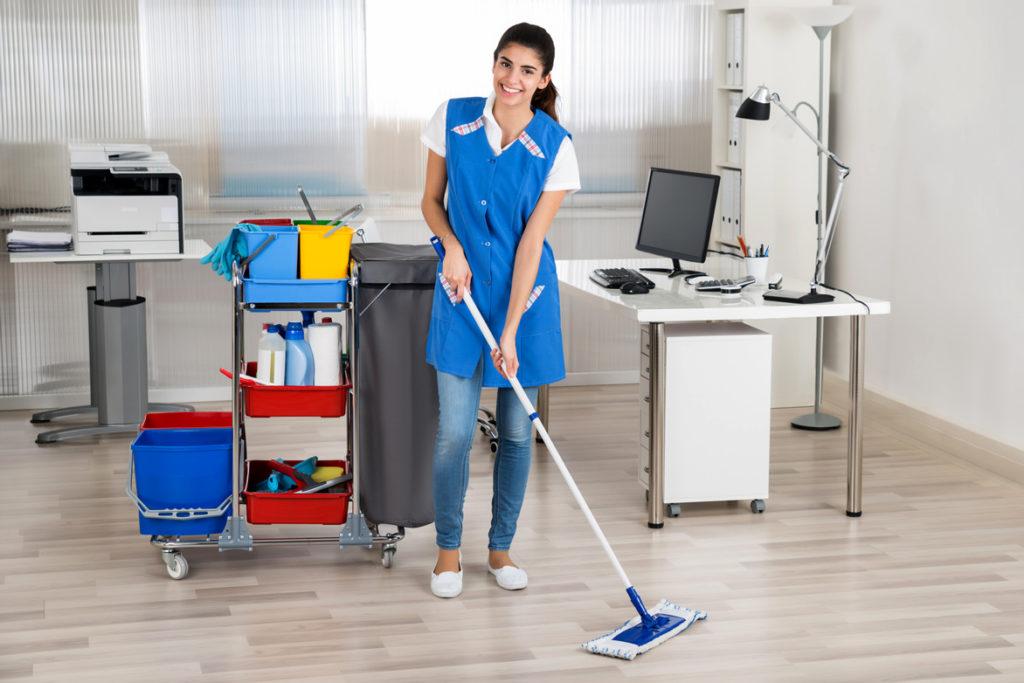 Инвентарь для уборки в офисе